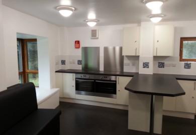 Soton Uni Residence kitchens (2)